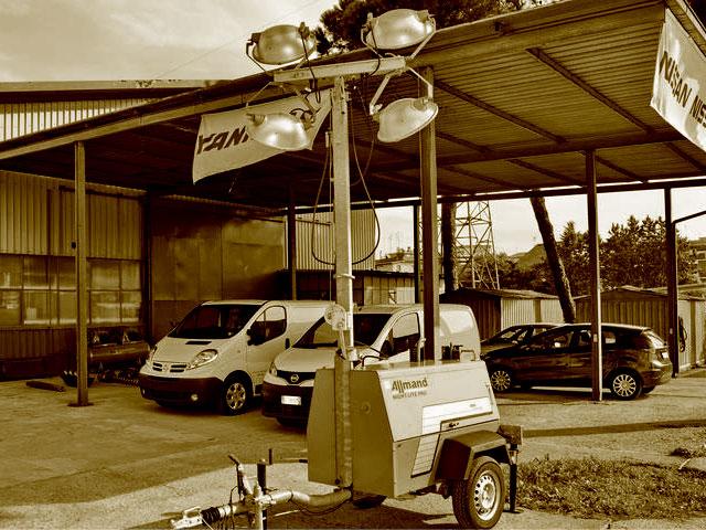 Attrezzature per l'illuminazione cantiere usate in vendita