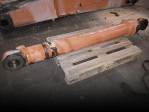 Pistoni e cilindri usati