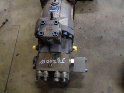 Motore di traino per JCB JS 200 W in vendita da PRV Ricambi Srl