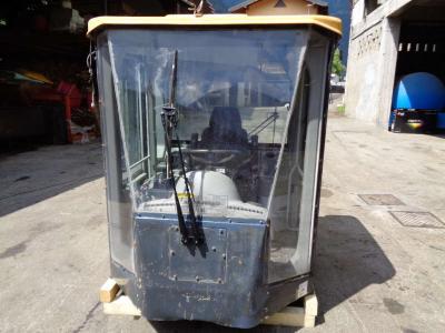 Cabina per Hyundai Serie 7 A in vendita da PRV Ricambi Srl