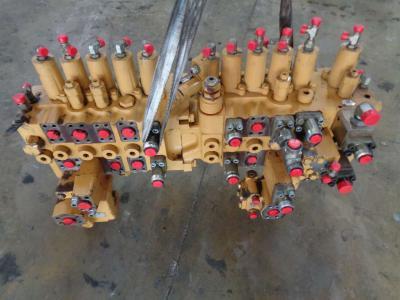 Distributore per Caterpillar 318 C in vendita da PRV Ricambi Srl