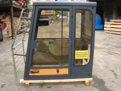Cabina per Case serie 88 in vendita da PRV Ricambi Srl