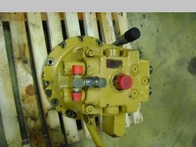 Motore idraulico di rotazione per Caterpillar 312 in vendita da PRV Ricambi Srl