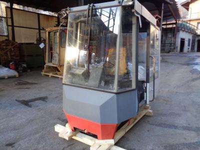 Cabina per O&K (Orenstein & Koppel) L 25 in vendita da PRV Ricambi Srl