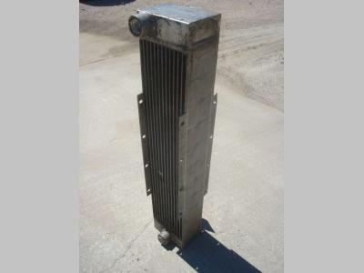 Radiatore olio per Hitachi LX 290 in vendita da OLM 90 Srl