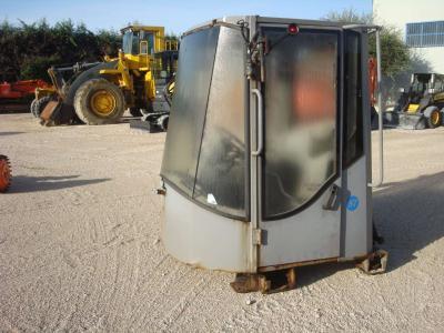Cabina per Hitachi LX290 in vendita da OLM 90 Srl