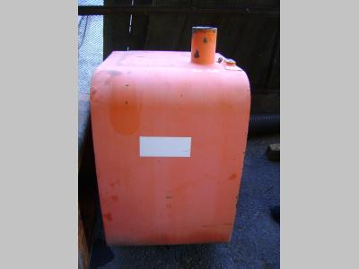Serbatoio gasolio (ricambio) per Fiat Hitachi Ex 165 in vendita da PRV Ricambi Srl