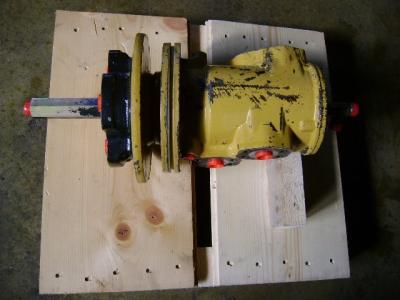Giunto Rotante per Caterpillar 325 B in vendita da PRV Ricambi