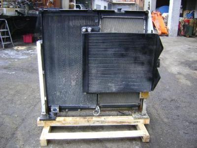 Radiatore per Caterpillar 330 D in vendita da PRV Ricambi Srl