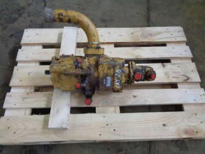 Pompa idraulica per Caterpillar 928 F in vendita da PRV Ricambi Srl