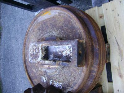 Ruota folle per New Holland E 385 in vendita da PRV Ricambi Srl