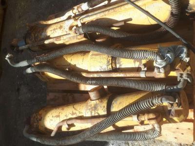 Pistone / Cilindro idraulico per Caterpillar 977 in vendita da Off Meccaniche Bonanni di B.