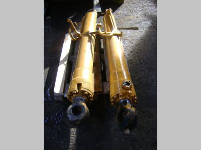 Liebherr Pistone / Cilindro idraulico in vendita da PRV Ricambi Srl