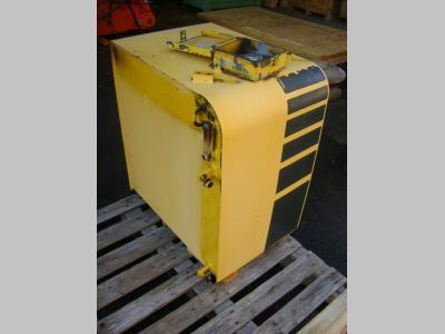 Komatsu Serbatoio gasolio (ricambio) per Komatsu PW 130 in vendita da PRV Ricambi