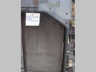 Radiatore acqua per Hitachi ZW220 in vendita da OLM 90 Srl