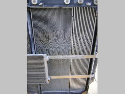 Radiatore acqua per New Holland E 385 B in vendita da PRV Ricambi Srl