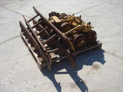 Riparo per rulli per Caterpillar 951C in vendita da OLM 90 Srl