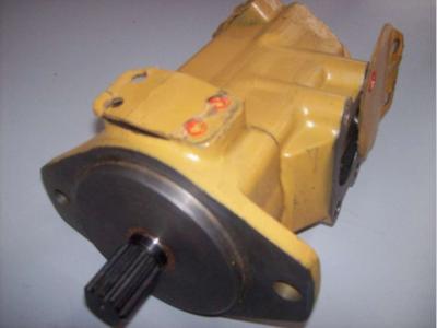 Pompa idraulica per Caterpillar IT18 in vendita da CERVETTI TRACTOR Srl