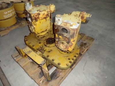 Pompa idraulica per Caterpillar 235 in vendita da CERVETTI TRACTOR Srl