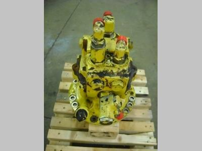 Komatsu Motore di rotazione per Komatsu PW 130 in vendita da PRV Ricambi