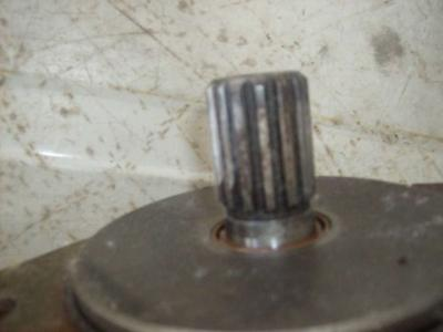 Pompa idraulica per Caterpillar IT28B in vendita da CERVETTI TRACTOR Srl