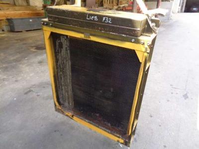 Radiatore acqua olio per Liebherr PR 732 in vendita da PRV Ricambi Srl