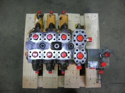 Distributore per Case 1088 in vendita da PRV Ricambi Srl