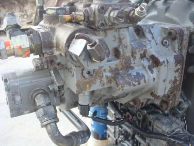 Pompa idraulica per Hitachi ZW220 in vendita da OLM 90 Srl