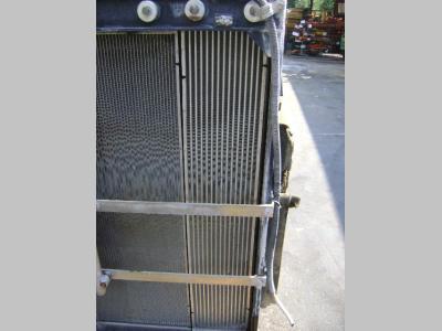 Radiatore per New Holland E 385 B in vendita da PRV Ricambi Srl