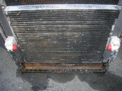 Radiatore olio per Fiat Hitachi Fr 220 in vendita da PRV Ricambi Srl