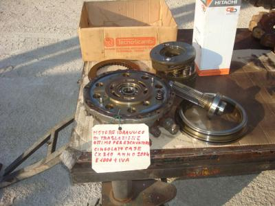 Motore idraulico di traslazione per Case CX 210 in vendita da OLM 90 Srl