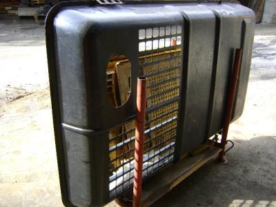 Cofano motore per Caterpillar 325 B in vendita da PRV Ricambi Srl