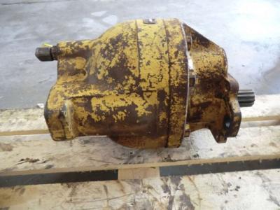 Pompa idraulica per Caterpillar 988B in vendita da CERVETTI TRACTOR Srl