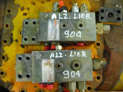 Liebherr 904 in vendita da PRV Ricambi