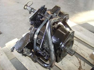 Pompa idraulica per Caterpillar 438C in vendita da CERVETTI TRACTOR Srl