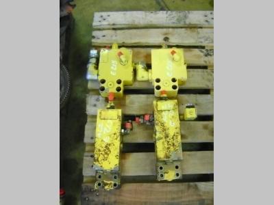 Valvola di blocco per New Holland E 215 in vendita da PRV Ricambi Srl