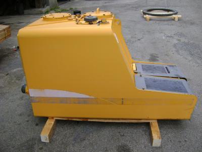 Serbatoio gasolio (ricambio) per Liebherr 904 in vendita da PRV Ricambi Srl