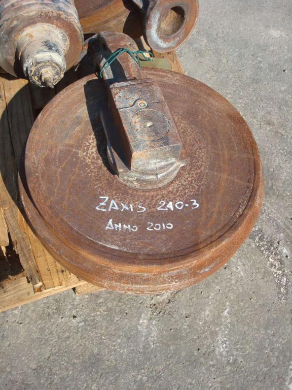 Ruota folle per ZAXIS 240.3 e 210 Foto 4