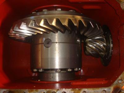 Differenziale per Fiat Hitachi W 130 in vendita da OLM 90 Srl