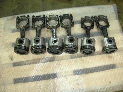 Pistoni motore per Cummins M 11 in vendita da PRV Ricambi Srl