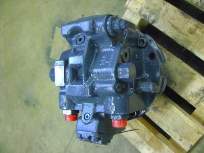 Motore idraulico di traino per Fiat Hitachi Ex 215 in vendita da PRV Ricambi Srl
