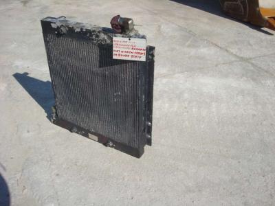 Radiatore olio per Fiat Hitachi 150W3 in vendita da OLM 90 Srl