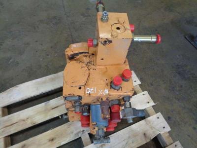 Distributore per Case WX 170 in vendita da PRV Ricambi Srl