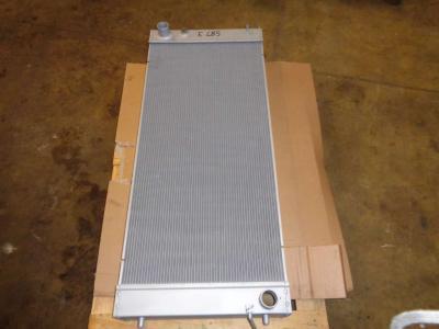 Radiatore acqua per New Holland E 485 in vendita da PRV Ricambi Srl