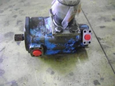 Pompa idraulica per Volvo 4400 in vendita da PRV Ricambi Srl